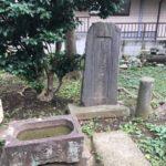 狛江駅からすぐの揚辻稲荷神社へ